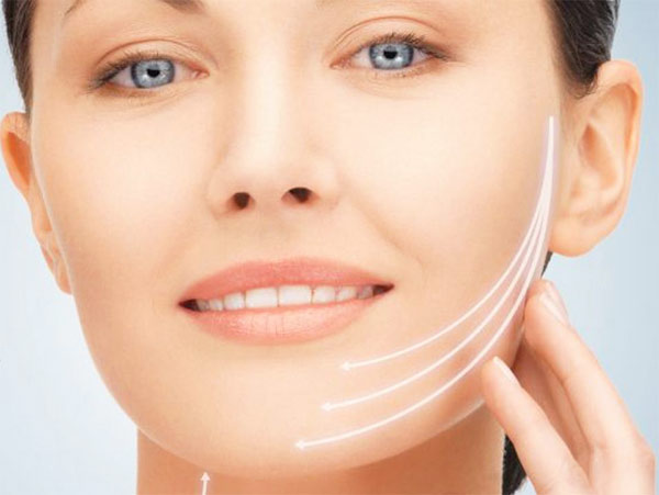 Are you aging faster than your friends? Seek facelift treatment in gurgaon